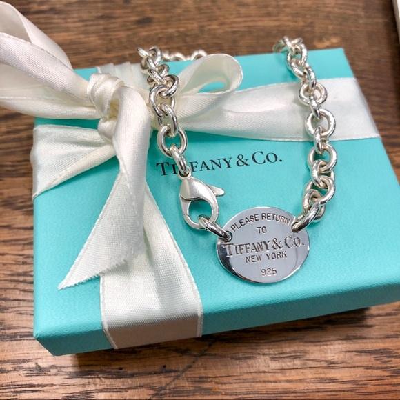 8965fdd11 Tiffany & Co. Jewelry | Tiffany Co Oval Return To Tiffany Link ...
